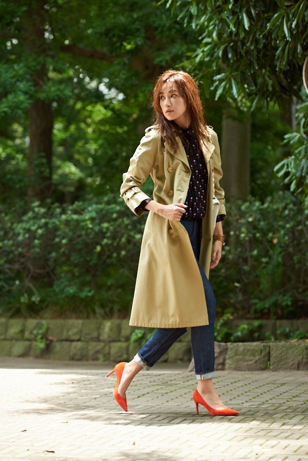仁香「美人な歩き方」(SBクリエイティブ、2017年8月22日発売)より/提供画像