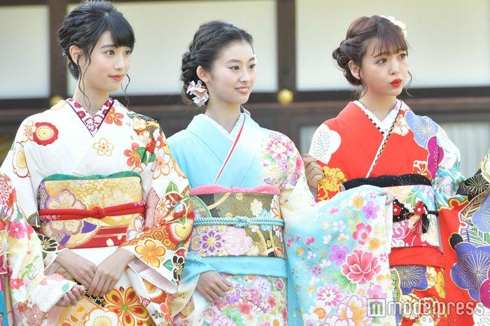 (左から)高橋ひかる、井本彩花、藤田ニコル(C)モデルプレス