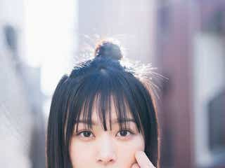 櫻坂46原田葵、癒やしの笑顔で魅了