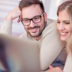 付き合う前なのに「おうちデート」に誘ってくる男性の心理