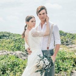 海外挙式検討の花嫁さんへ!リゾートウェディングに特化したドレスブランド「Resoll Collection」