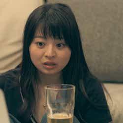 海斗のスケート動画に驚く優衣「TERRACE HOUSE OPENING NEW DOORS」35th WEEK(C)フジテレビ/イースト・エンタテインメント