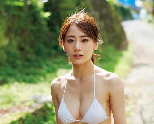 """東京理科大出身・福岡みなみ、脱いでもスゴイ""""衝撃美ボディ""""披露"""