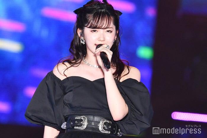 「Rakuten GirlsAward 2019 SPRING/SUMMER」に登場した鈴木愛理 (C)モデルプレス