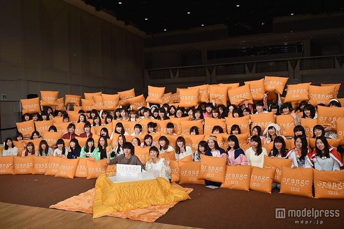 部屋着の女子150人が集結