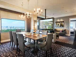 4万円台でホテルニューオータニのスイートルームに滞在できる特別な機会!貸し切ってランチやティーを嗜む贅沢体験を