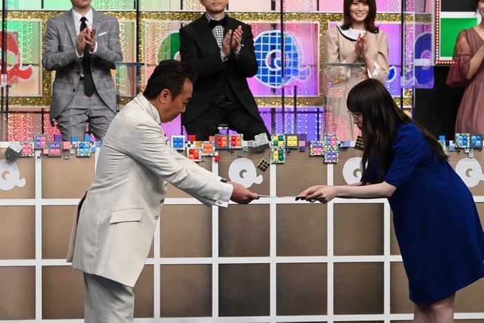 三村マサカズ、高山一実(C)テレビ朝日