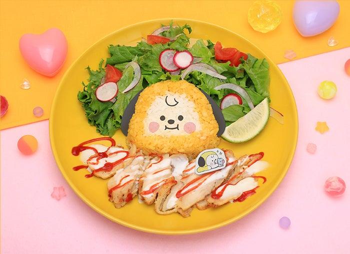 CHIMMY チキンオーバーライス税込1,870円(C)BT21