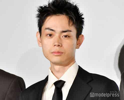 菅田将暉、アカデミー賞で赤スーツを選んだ理由とは?
