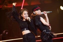 安室奈美恵with ジョリン・ツァイ/「WE ◆ NAMIE HANABI SHOW」前夜祭より(提供写真)