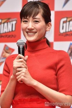 綾瀬はるか主演「奥様は、取り扱い注意」第2話視聴率発表