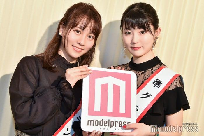 山中陽菜さん、岡町綾乃さん(C)モデルプレス