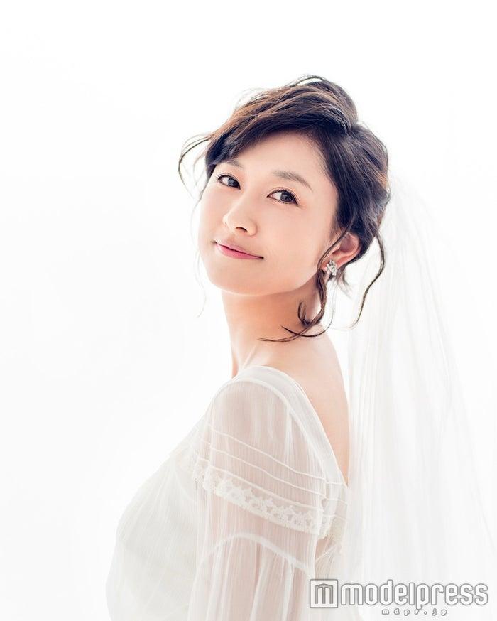 菊川怜、念願のウェディング姿を披露 自身の結婚観を語る(画像提供:株式会社リクルートマーケティングパートナーズ)