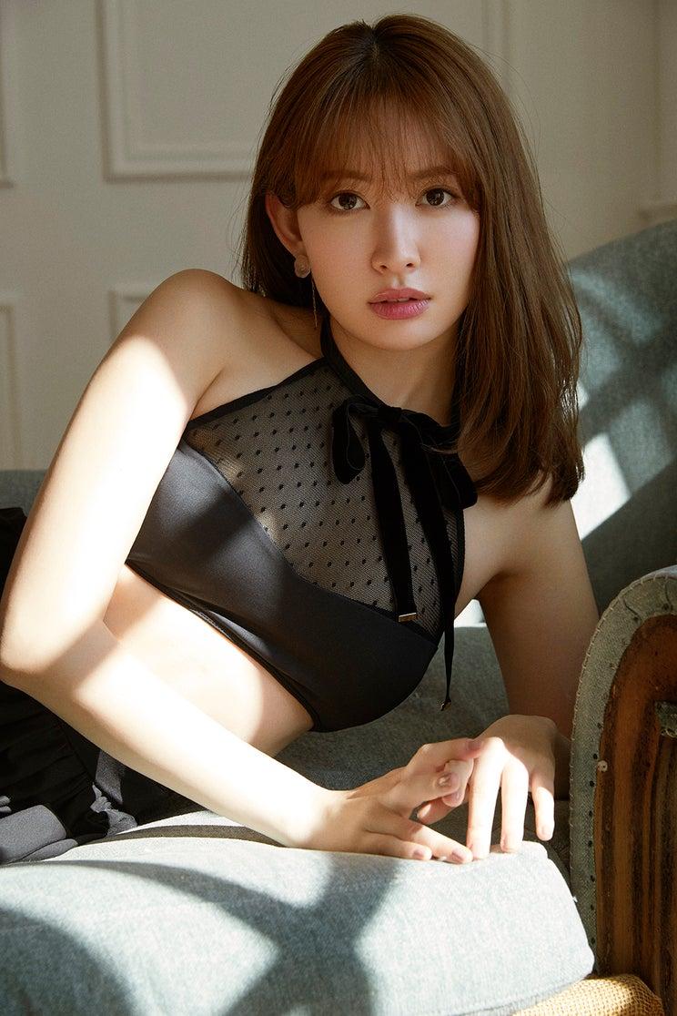 小嶋陽菜プロデュースブランド「Her lip to」誕生<本人コメント・ブランドコンセプト・第1弾ラインナップ>