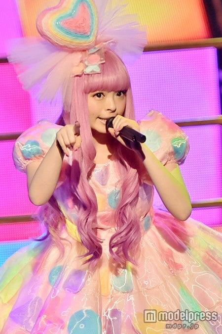 「第56回 輝く!日本レコード大賞」に出演したきゃりーぱみゅぱみゅ【モデルプレス】