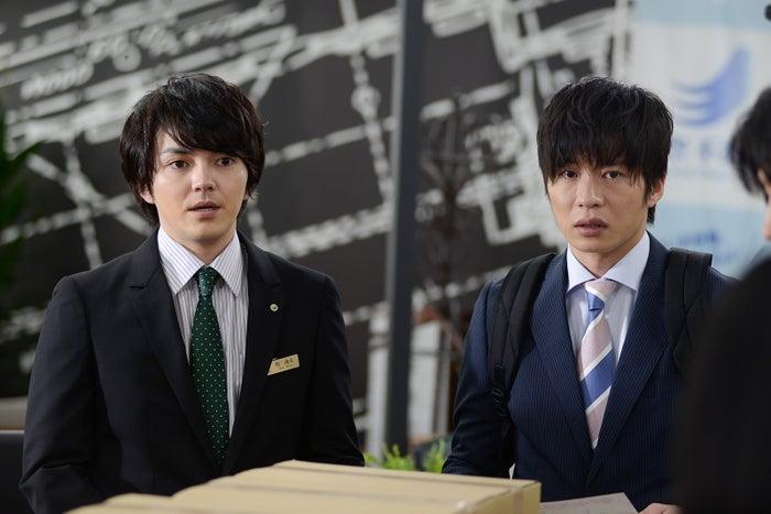 林遣都、田中圭/「おっさんずラブ」第1話より(C)テレビ朝日