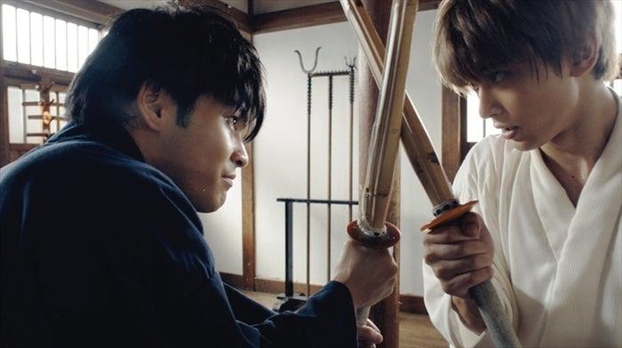 血と汗のにじむ殺陣(C)空知英秋/集英社 (C)2017映画「銀魂」製作委員会 (C)2017 dTV