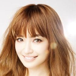 平子理沙、結婚の決断を振り返る LAの超豪邸も初公開