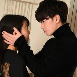 「恋はつづくよどこまでも」佐藤健、女性ファンを悶絶させた「○○キス」6つ