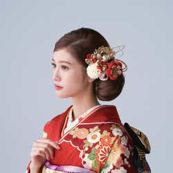 モデルプレス - 生見愛瑠、華やかな振り袖姿を披露