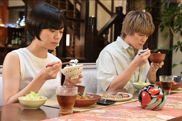 眞栄田郷敦、二階堂ふみ「プロミス・シンデレラ」第9話より(C)TBS