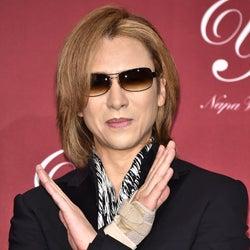 YOSHIKI、手術後半月の首の写真を公開 現在の状況を明かす