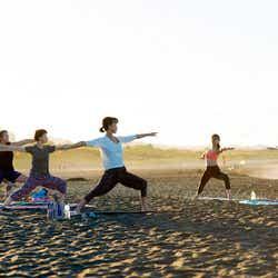 菅崎あみが伝授「Ami Kanzaki Beach Yoga in 太東海岸」
