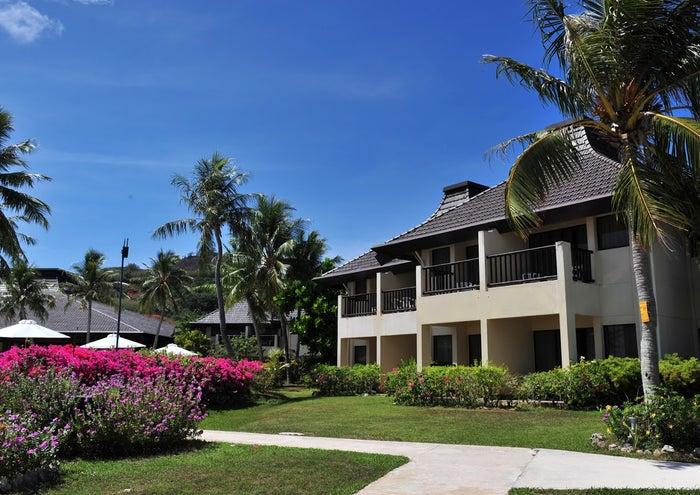 ヴィラタイプの客室が全91室と、規模が大きすぎずちょうどいいスケールのホテル(C)Aqua Resort Club Saipan
