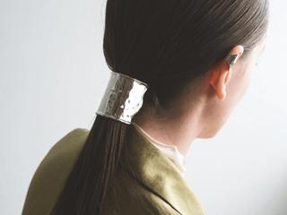 重宝すること間違いなし♡簡単に大人可愛い髪型をつくるヘアアクセリー特集