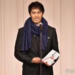 「京都国際映画祭2016」クロージングパーティーで「三船敏郎賞」を受賞した阿部寛(C)モデルプレス