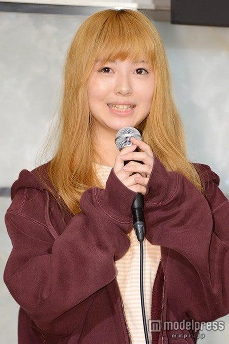「あの花」で話題の女優・浜辺美波、清楚キャラとは
