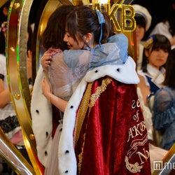 AKB48渡辺麻友、指原莉乃と涙でハグ 最後の順位は?<第9回AKB48選抜総選挙>