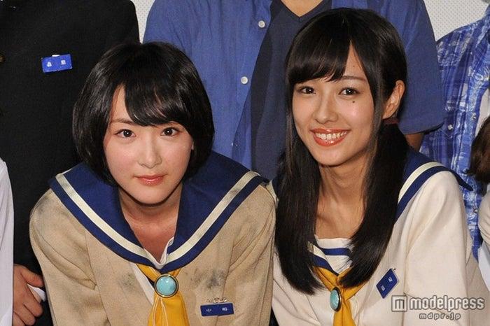(左から)生駒里奈、前田希美