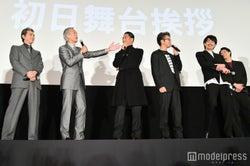 (左から)加藤雅也、岩城滉一、AKIRA、TAKAHIRO、青柳翔、鈴木伸之(C)モデルプレス