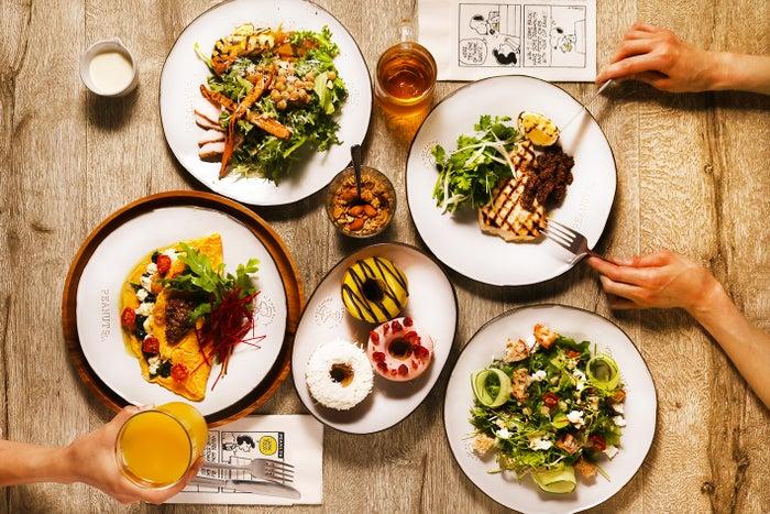 PEANUTS Cafe SUNNY SIDE kitchen(C)2021 Peanuts Worldwide LLC
