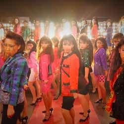 """モデルプレス - 女子高生ダンス部、例の""""バブリーダンス""""のMV誕生 あまりのクオリティに反響"""