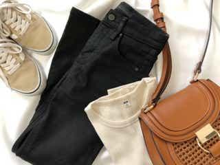 【ユニクロ】低身長さんにおすすめ!「黒デニム」で体型カバー&美脚見えするコーデ