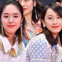 モデルプレス - 松井玲奈&唐田えりか、個性派ドレス披露 歓声に笑顔<第31回東京国際映画祭>