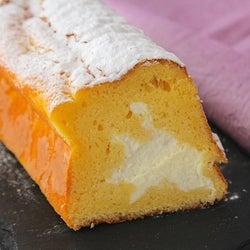 スポンジ生地の中には、とろ~りホイップクリーム! とろけるおいしさの「生パウンドケーキ」の作り方
