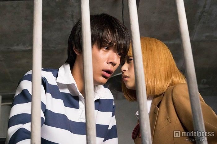 ドラマ「監獄学園」第8話より(c)2015 平本アキラ・講談社/「監獄学園」製作委員会・MBS
