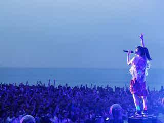 3万6千人が酔いしれた夏の祭典、aiko、3年ぶりのフリーライブ「Love Like Aloha vol.5」