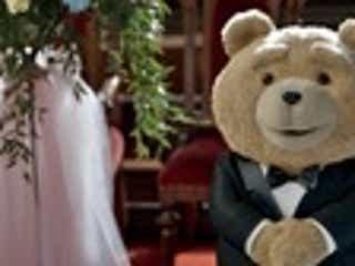 テッドが涙!? 『テッド2』、「かわいいクマちゃんみたいな雰囲気だろ」なTVスポット解禁!
