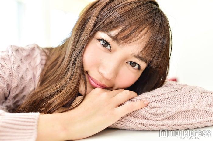 モデルプレスのインタビューに応じた、川口春奈(C)モデルプレス
