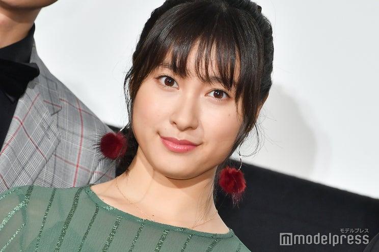 土屋太鳳、チアリーダーの姉と2ショット公開「美人姉妹」「そっくり」