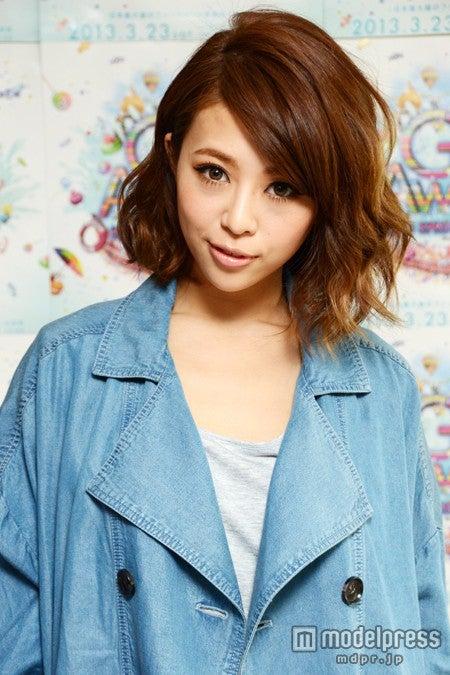 「BLENDA」休刊にあたり、自身の心境を吐露した、同誌モデルの吉田夏海
