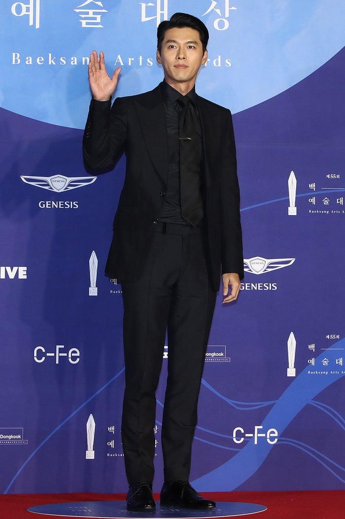 昨年の「百想芸術大賞」でのヒョンビン(Photo by Getty Images)