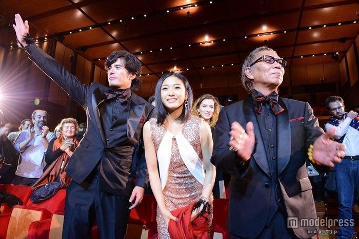 「第7回ローマ国際映画祭」の公式プレミア上映に登場した伊藤英明、水野絵梨奈、三池崇史監督