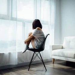 辛く悲しい別れをしてしまったら…...失恋からうまく立ち直る方法