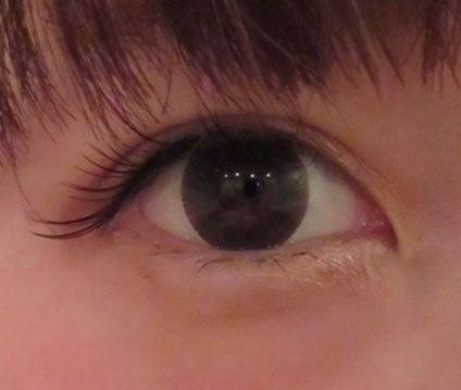 二重整形手術から3週間後の桃の目/桃オフィシャルブログ(Ameba)より