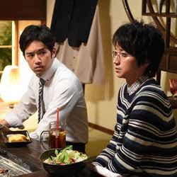 三浦貴大、藤原竜也/『リバース』第3話より(画像提供:TBS)